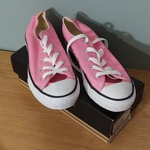 Converse sneakers pink in size 2.5